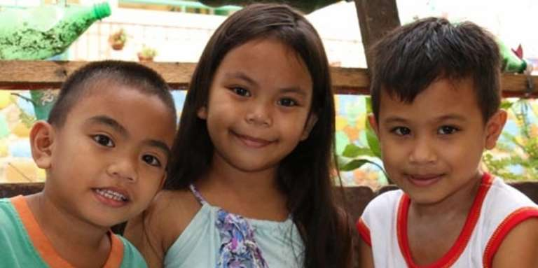 Sponsorship in the Philippines helps children grow up healthy, educated and safe. Photo Credit: Save the Children 2016.