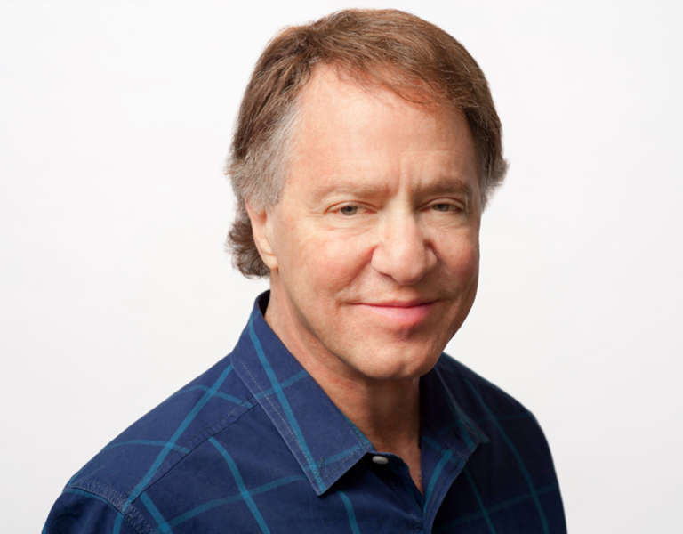 A photo portrait of Ray Kurzweil.
