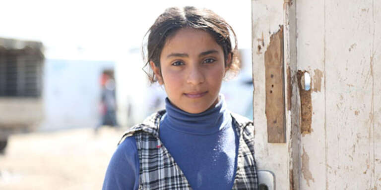 Asmaa* is a 14 year girl from Deir Ezzor, a besieged area in Syria.