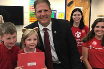 Save the Children Action Network (SCAN) President Mark Shriver issued the following statement today on Governor Chris Sununu signed into law SB-191, a bipartisan bill that will expand state funding for full-day kindergarten programs. Photo credit: Save the Children 2017.
