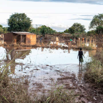Scenes of devastation in central Mozambique after cyclone Idai tore through the country on Friday 15 March 2019. The cyclone left a trail of destroyed homes, schools, hospitals and infrastructure. Torrential rain is still lashing the region and flood waters are rising and engulfing entire communities.  Photo Credit: Sacha Myers/Save the Children / March 2019