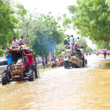Water trucks assisting people in Somalia impacted by the Shabelle River floods.